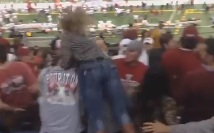 """Video: This Alabama Mom Came in Like a """"Wrecking Ball"""""""