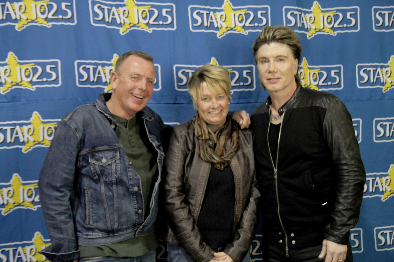 Johnny rzeznik meet and greet star 1025 kristyandbryce Choice Image